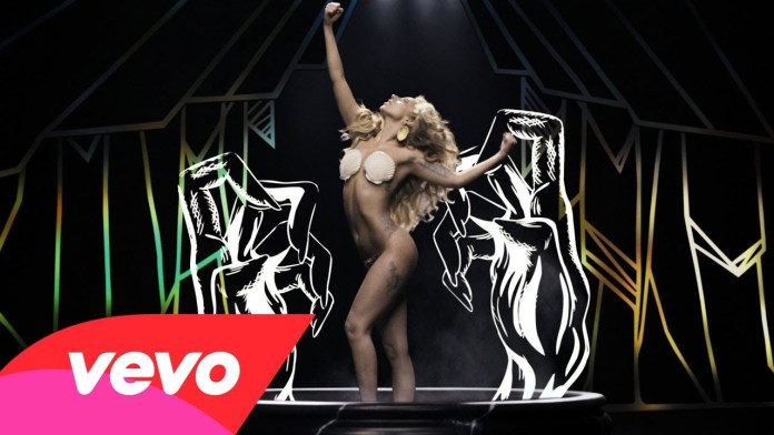 lady-gaga-applause-video