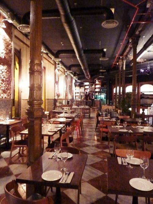 La mucca entre los museos y huertas te veo en madridte for Restaurante la mucca madrid calle prado
