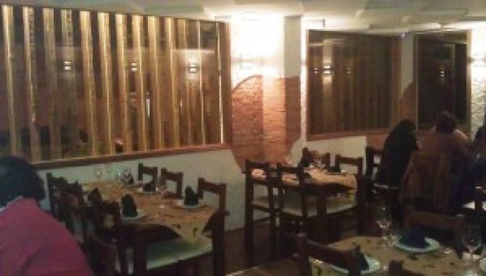 antojos-araguaney-restaurante-comedor-grande-teveoenmadrid