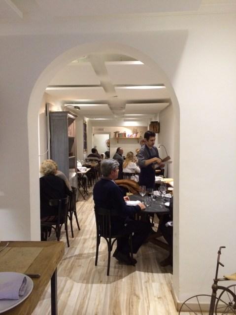 Restaurante triciclo comedor alargado Te Veo en Madrid