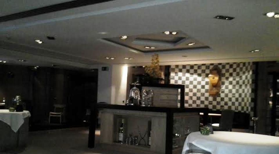Santceloni restaurante mesa de apoyo Te Veo en Madrid