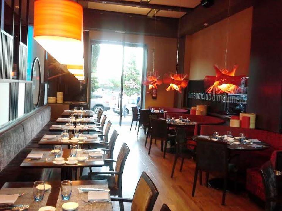 Restaurante Dim Sum Club La Moraleja Comedor grande Te Veo en Madrid