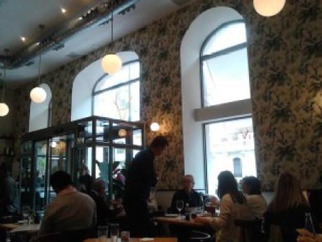 Restaurante Velazquez 17  comedor bajo Te Veo en Madrid