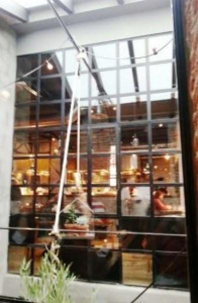 Restaurante Destage cristaleras Te Veo en Madrid