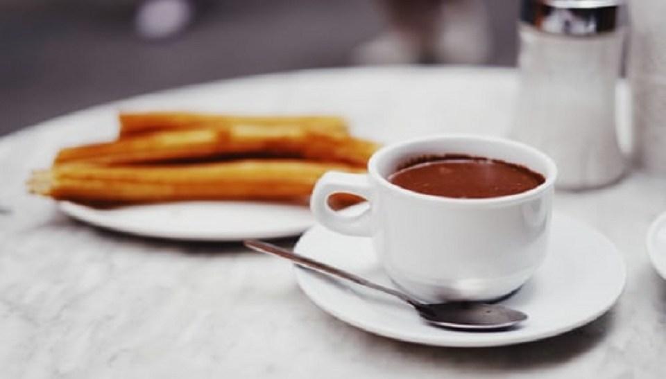 las-mejores-churrerias-con-chocolate-te-veo-en-madrid.jpg