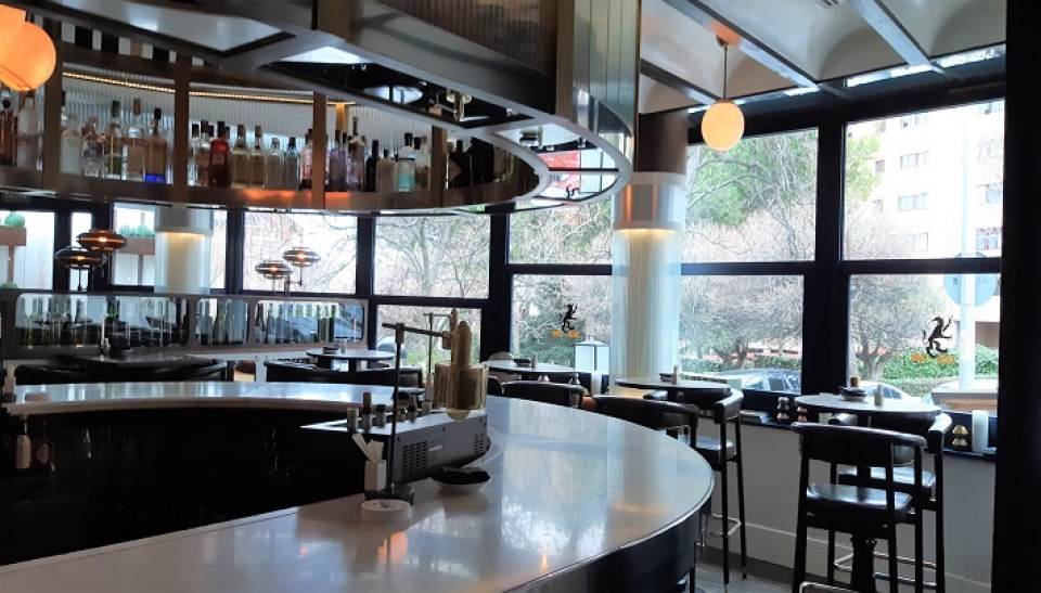 restaurante-casa-lobo-barra-te-veo-en-madrid.jpg