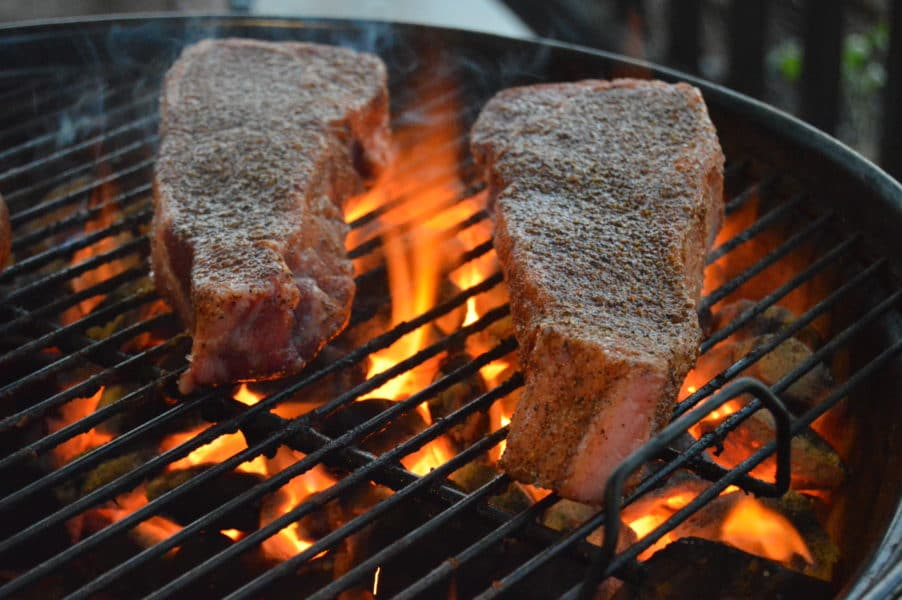 How to grill the perfect steak. with simple seasoning and a few simple tips you will be grilling up mouthwatering Texas style steaks!