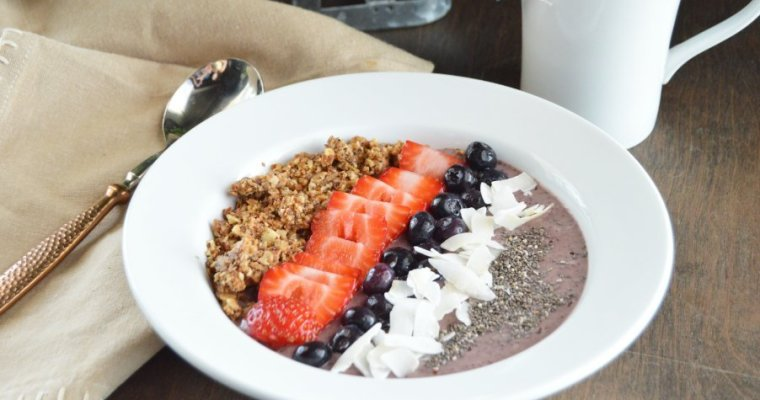 Low Carb Acai Berry Bowl