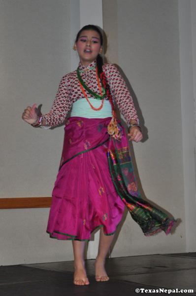dashain-sanjh-nst-20090927-13