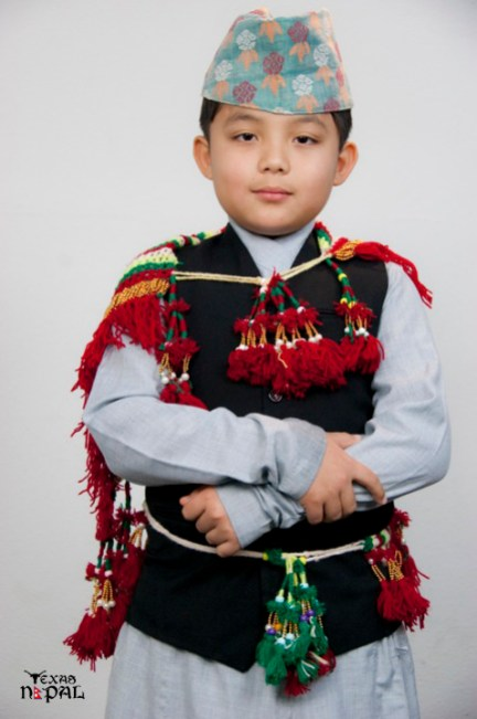 nepali-cultural-dress-photo-irving-texas-20110123-31