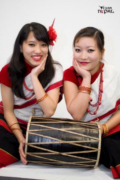 newari-cultural-dress-photo-irving-texas-20110227-55