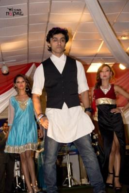ramailo-nite-bigmount-houston-20110821-100