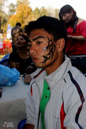 momo-mania-kathmandu-20120310-19