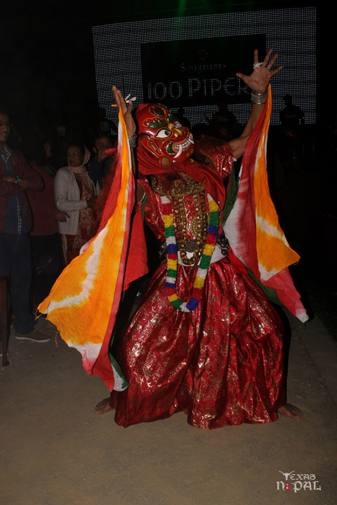 momo-mania-kathmandu-20120310-98