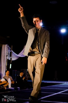 ana-fashion-extravaganza-20120630-104