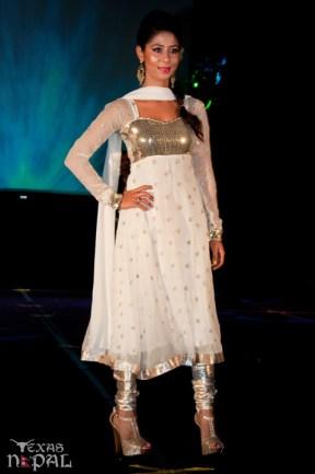 ana-fashion-extravaganza-20120630-108