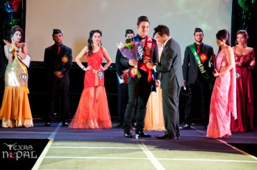 ana-fashion-extravaganza-20120630-163