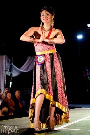 ana-fashion-extravaganza-20120630-37