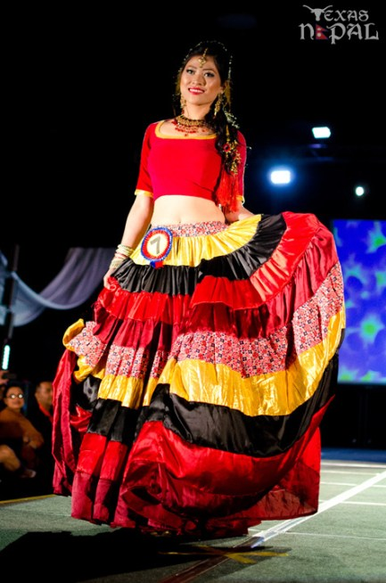 ana-fashion-extravaganza-20120630-43