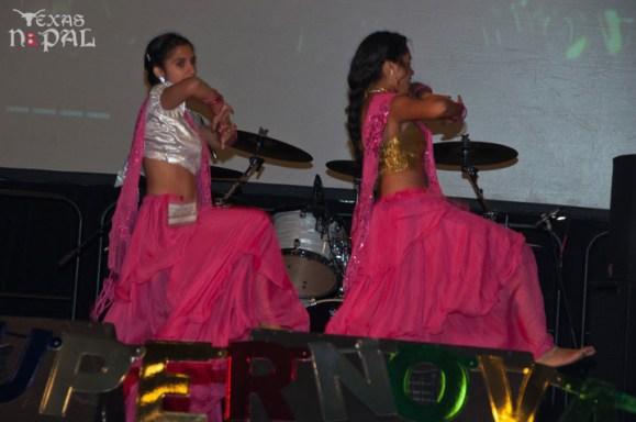 ana-supernova-talent-show-20120629-15