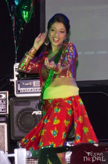 ana-supernova-talent-show-20120629-22