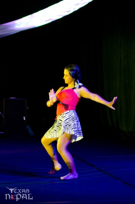 ana-supernova-talent-show-20120629-39