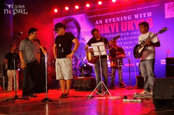 dikyi-ukyab-live-kathmandu-20120728-8