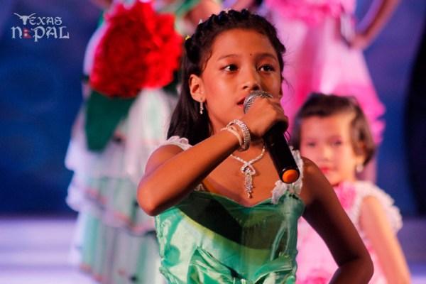 miss-little-newa-2012-12