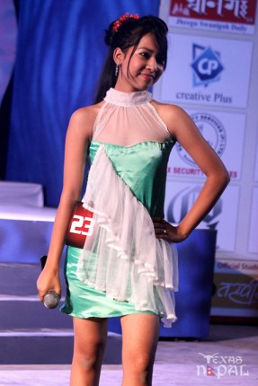 miss-little-newa-2012-52