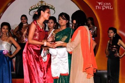 miss-teen-nepal-2012-49