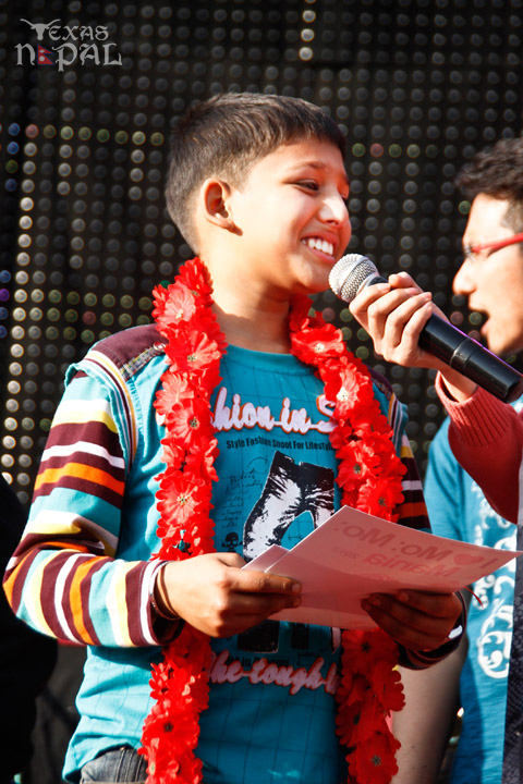 momo-mania-kathmandu-20130223-21