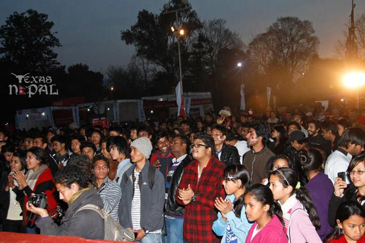 momo-mania-kathmandu-20130223-49
