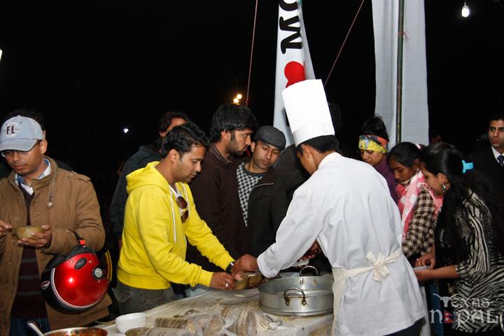 momo-mania-kathmandu-20130223-54