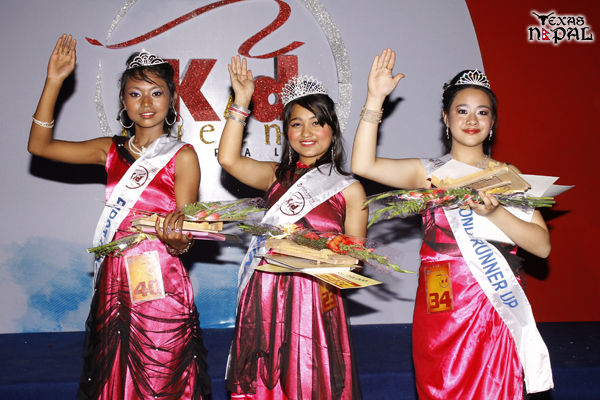 Kid Queen Nepal 2013 Shamila Hamal (Mid) with First Runner Up Swornim Sandhya Maharjan and Second Runner Up Cristina Shrestha. (Photo: Nirnit Tandukar/TexasNepal)