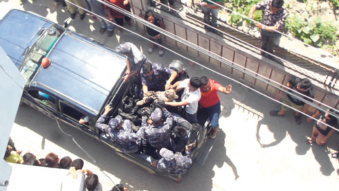 The leopard, shot and killed by the police, being taken away in a police truck. (Photo courtesy: Nepal police)