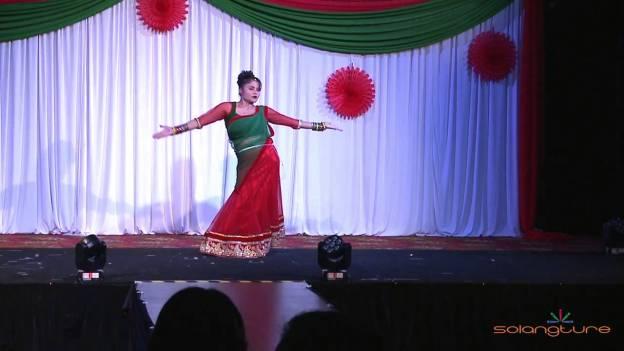 Teej ko Lahar Dance by Roma Neupane – NAV Teej 2014