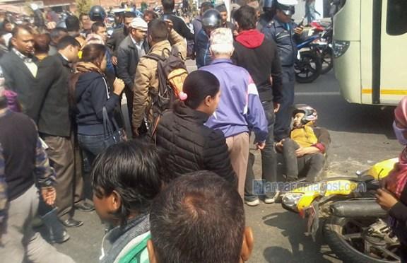 Motorbike-Bus Accident At Babarmahal Kills One