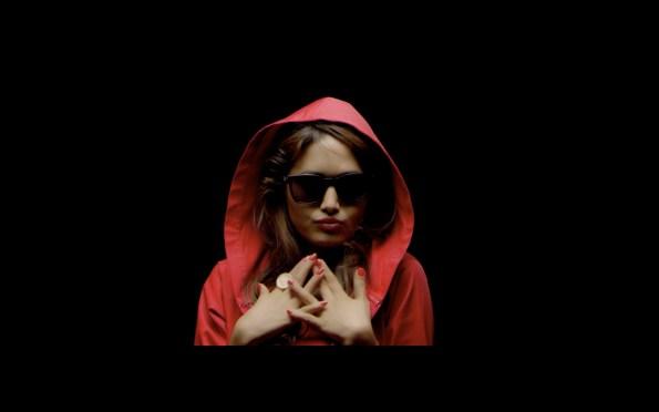 NEPALI VERSION: Indira Joshi, Iraj & Sean Kingston In The Single 'Timi Ra Ma'