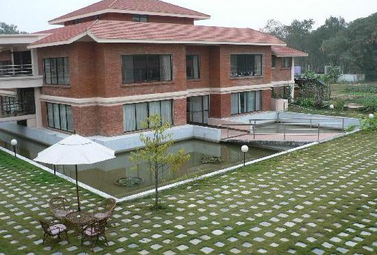 Hotel In Lumbini Grants Rs 1 m To Local Child Home