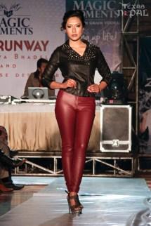 the-runway-fashion-show-20130126-21