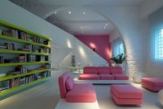 Μοντερνο σπίτι γεμάτο από φώς και χρώμα.