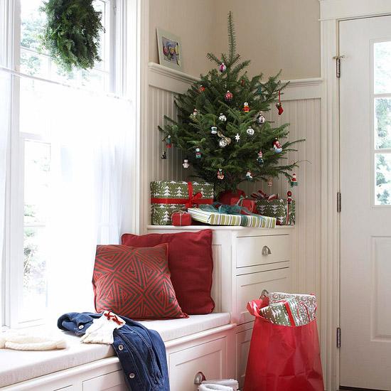 Έξυπνες Χριστουγεννιάτικες ιδέες διακόσμησης για μικρούς χώρους