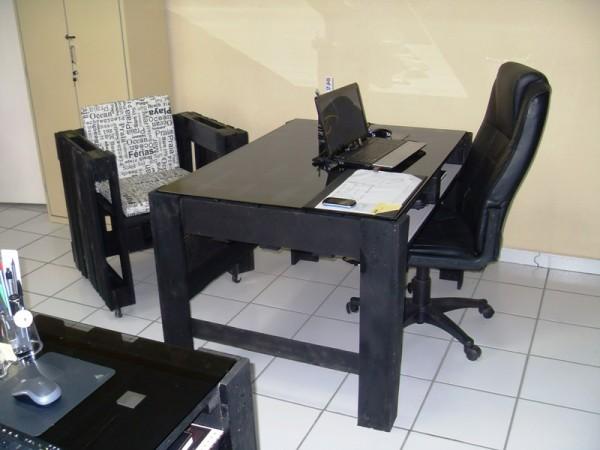 Απίθανο γραφείο από παλέτες1