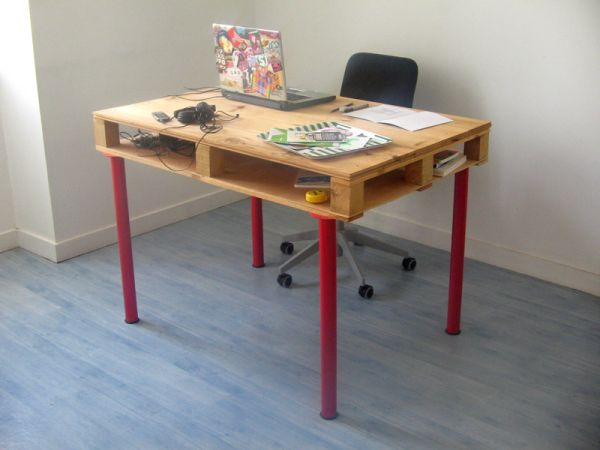 DIY γραφεία από παλέτες3