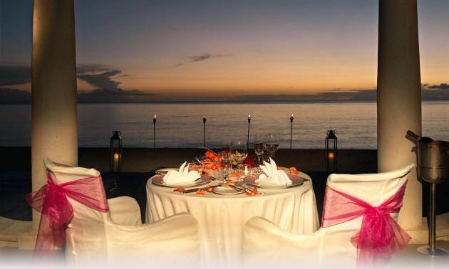 ιδέες για ρομαντικό Τραπέζι σε εξωτερικό χώρο7