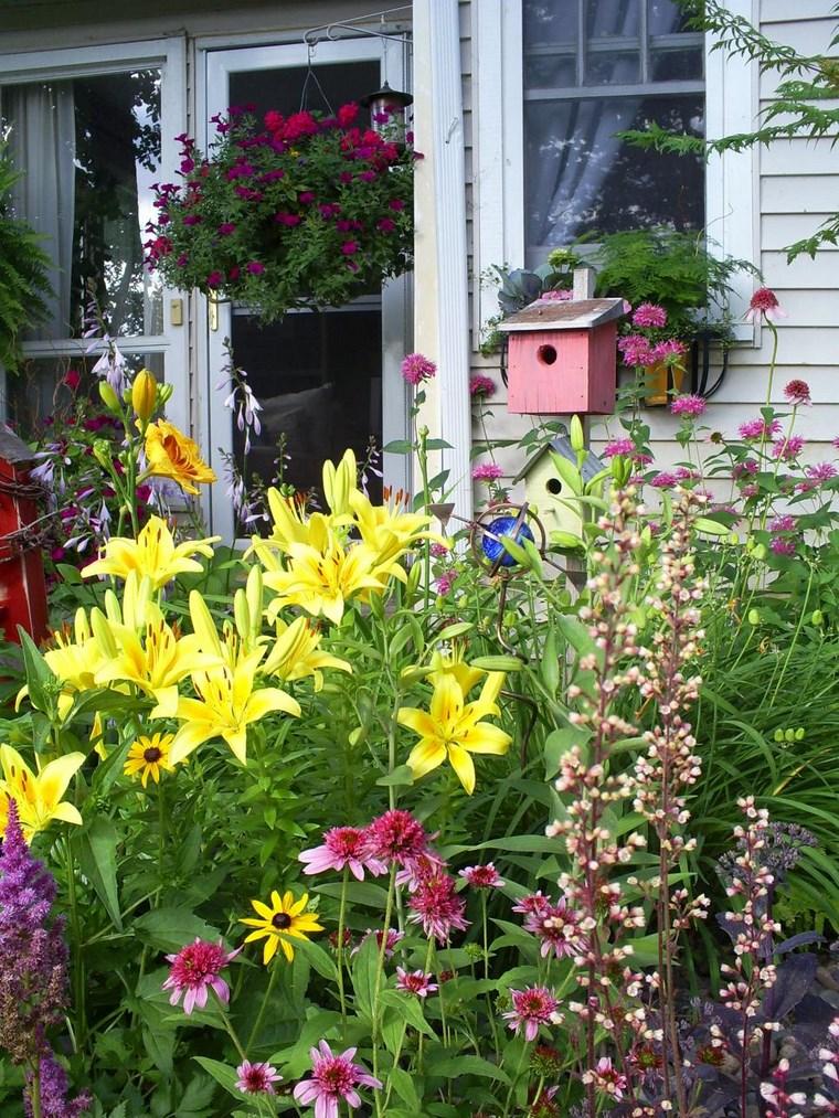 Ανοιξιάτικη ανακαίνιση κήπου ιδέες60