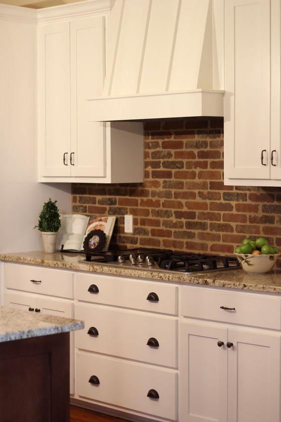 ιδέες με πέτρες, τούβλα και βότσαλα για τοίχους κουζίνας21