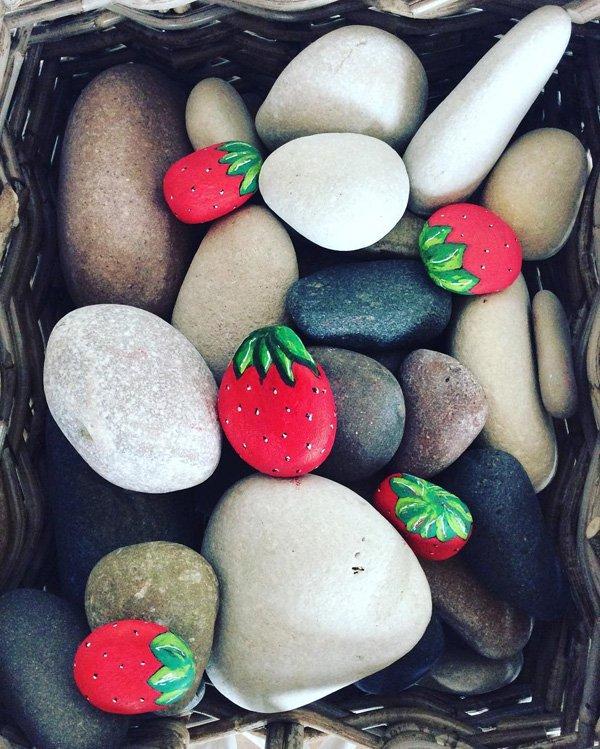 DIY ιδέες διακόσμησης με βαμμένες πέτρες και βότσαλα36
