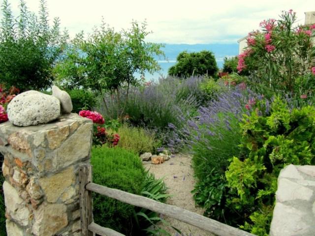 Μεσογειακός κήπος ιδέες10