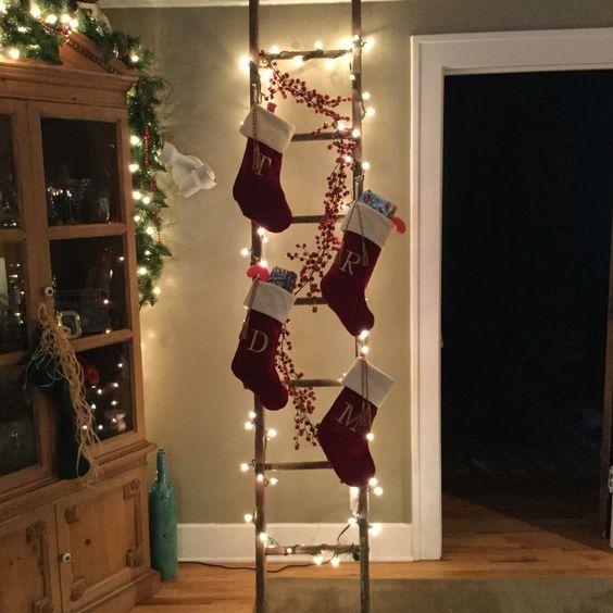 Διακοσμήστε μια σκάλα για τα Χριστούγεννα21